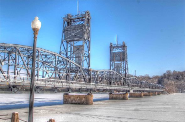 Stillwater lift bridge winter